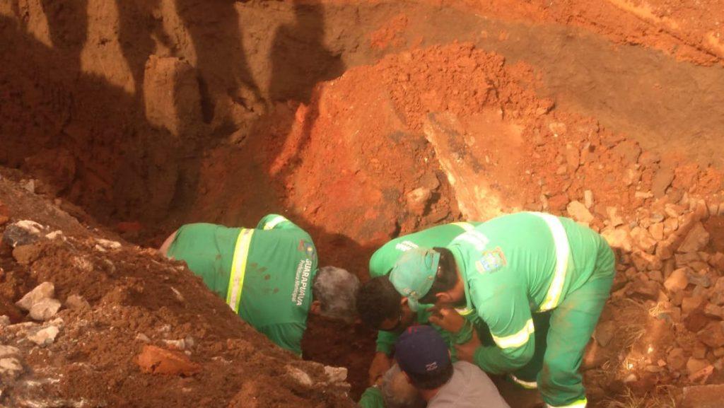 Funcionário morre soterrado durante desmoronamento de vala
