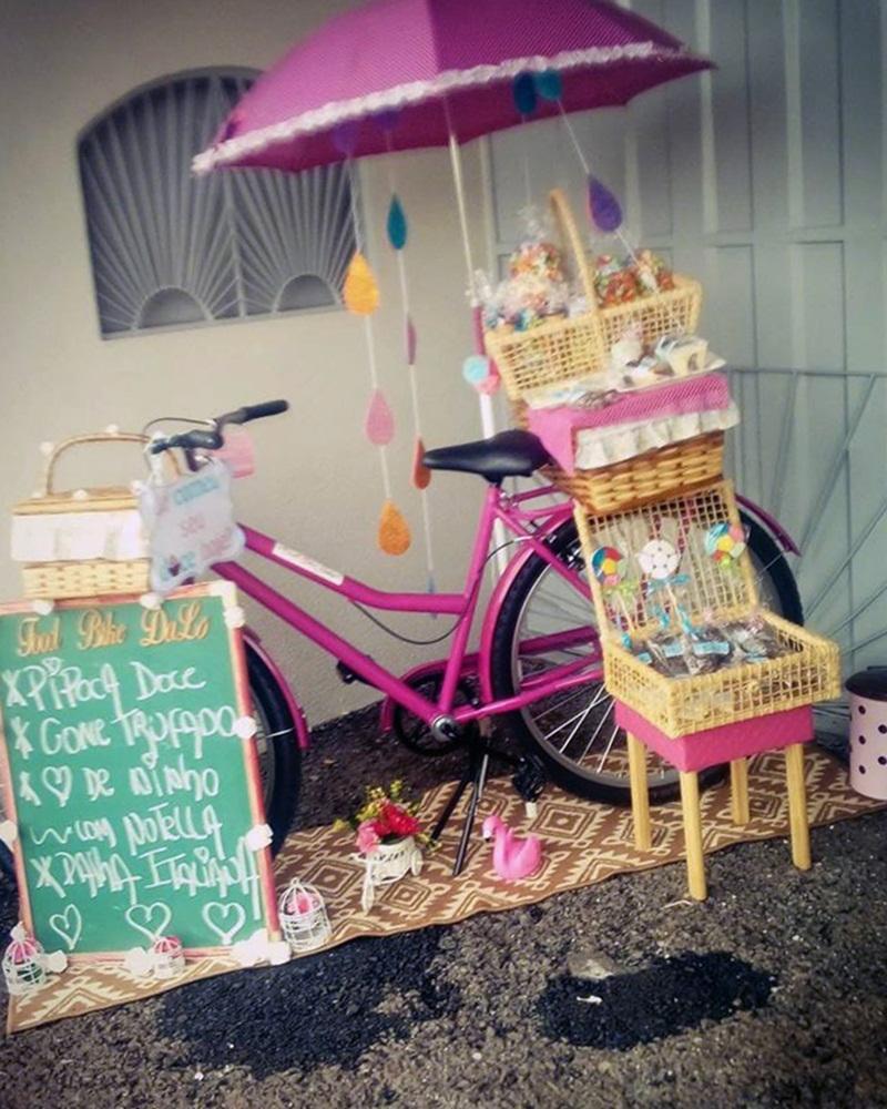Desempregada jovem de Chopinzinho cria Food Bike para venda de doces