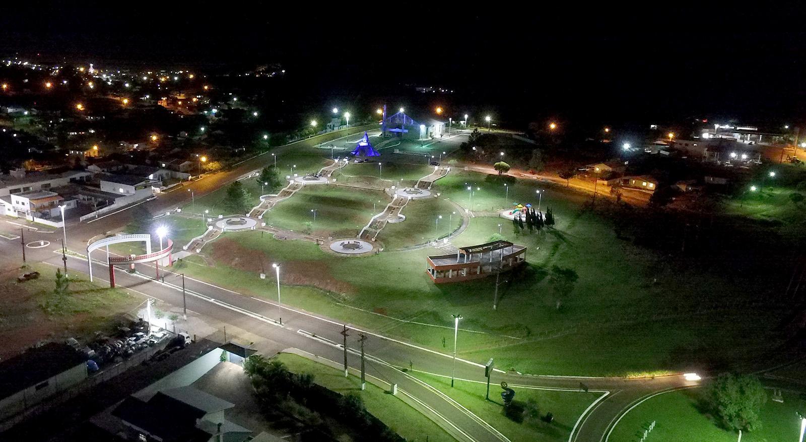 Praça do Santuário Nossa Senhora Aparecida é revitalizada