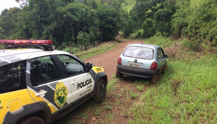 Carro furtado em Curitiba é encontrado abandonado em Candói