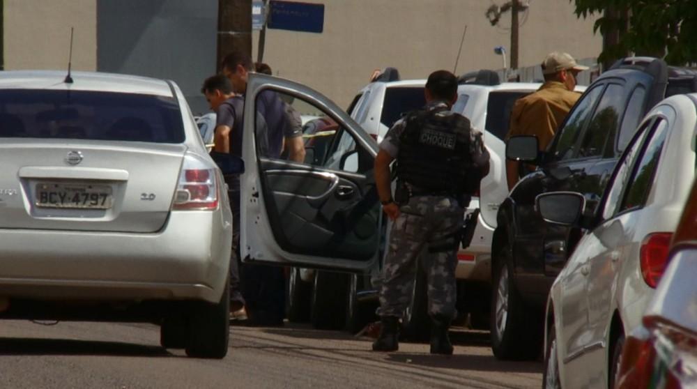 Suspeito de tentar roubar carro morre em confronto com a PM, em Cascavel
