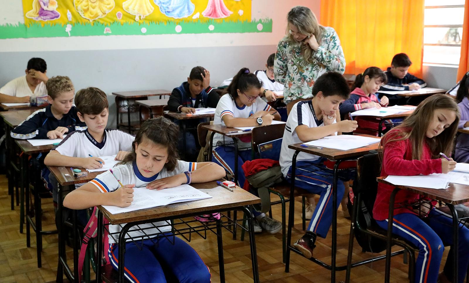 Alunos da rede pública de ensino de Laranjeiras do Sul participam da Prova Paraná