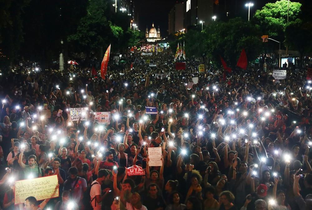 Protestos e paralisações contra cortes na educação ocorrem em todos os estados e no DF