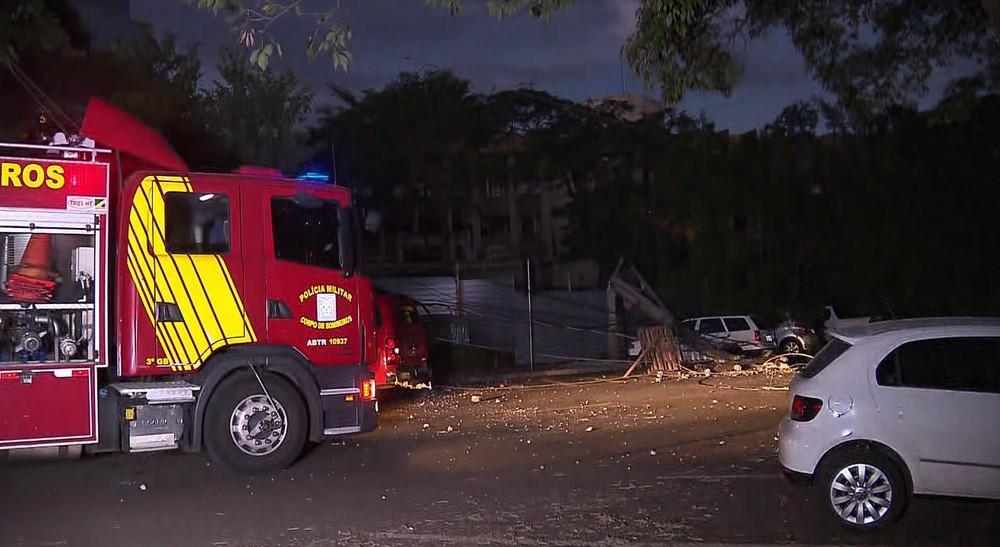 Duas pessoas ficam feridas após desabamento de parte do Fórum de Londrina