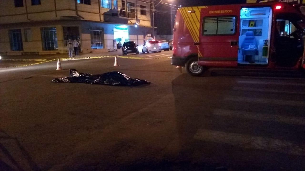 Homem morre atropelado no centro de Laranjeiras do Sul