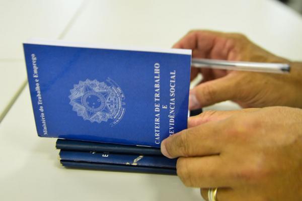 Número de trabalhadores que se viram por conta própria bate recorde no Paraná