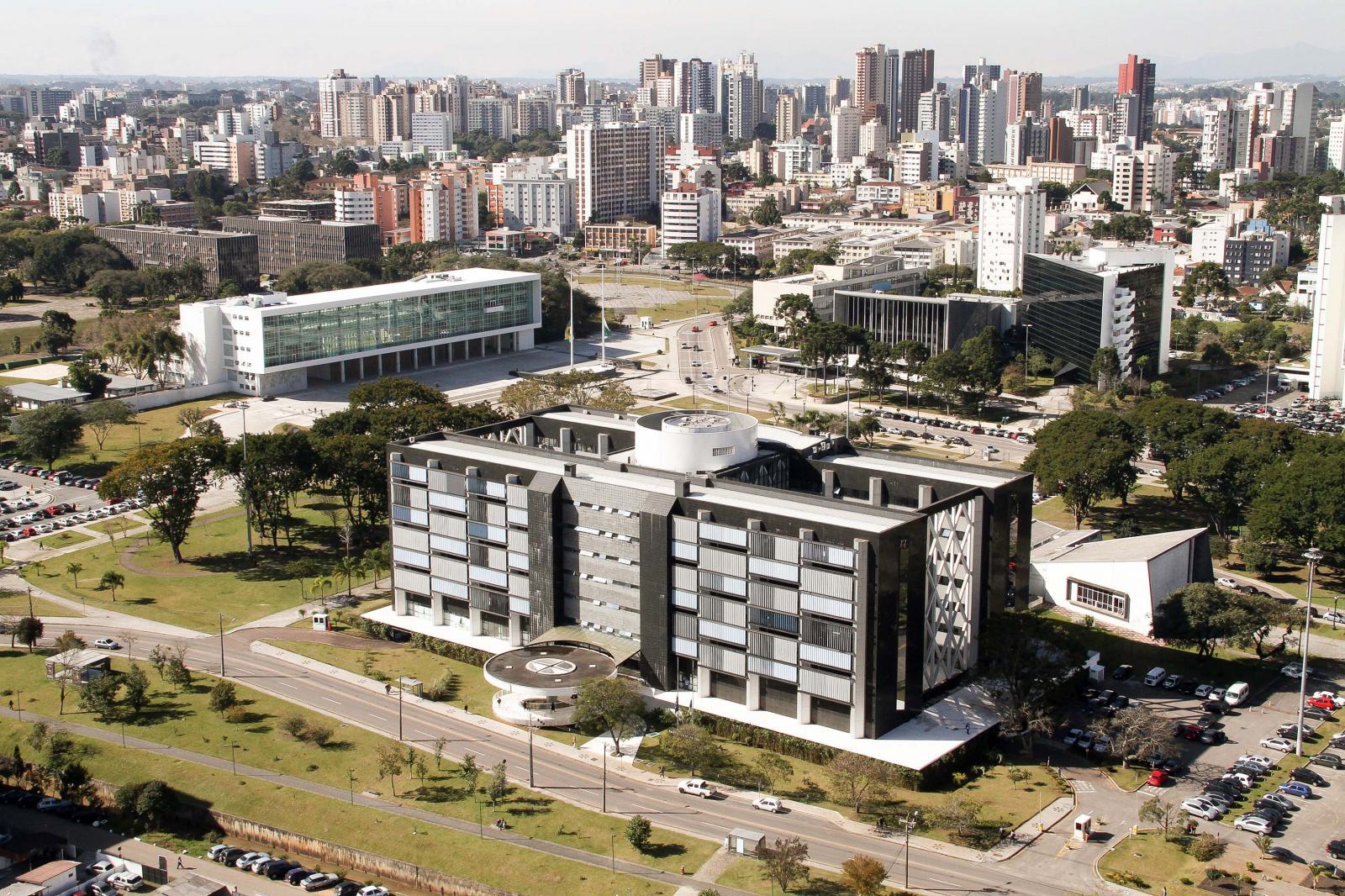 Banco Mundial alerta para gastos com folha de pagamento no Paraná