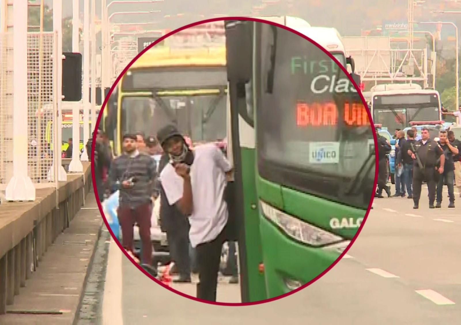 Sequestrador de ônibus é morto por atirador de elite na Ponte Rio-Niterói; reféns passam bem