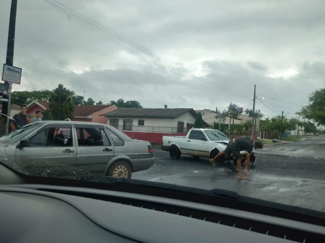Acidente entre dois veículos deixa uma criança ferida em Laranjeiras do Sul