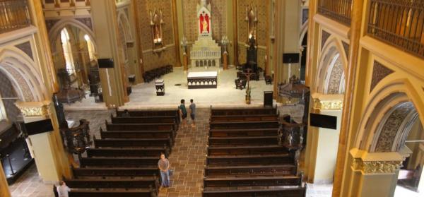 Com protocolo rígido Estado libera abertura de igrejas