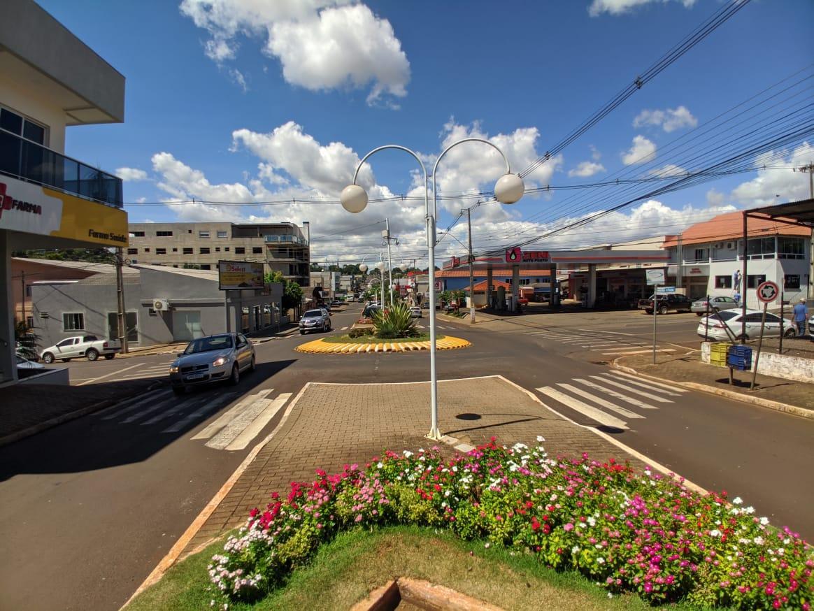 Itapejara d'Oeste decreta lockdown para conter avanço de casos de Coronavirus no município.