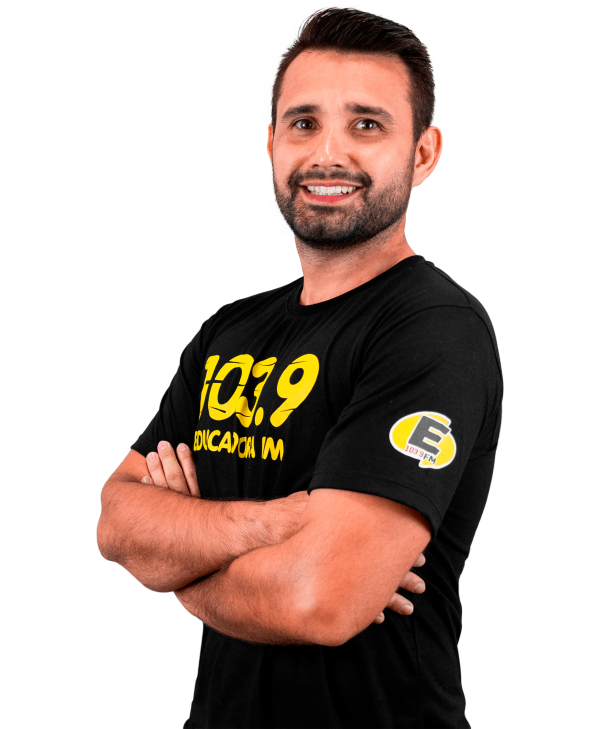 Tiago Almeida - Equipe Rádio Educadora
