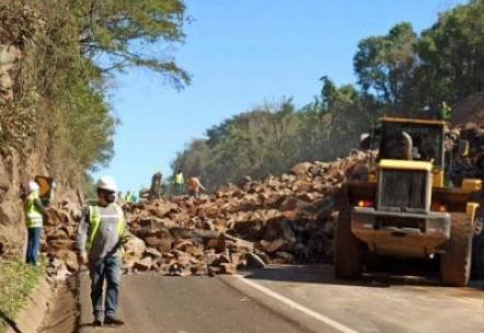 BR 277 ficará interditada na tarde desta terça (21) para detonação de rochas em Guaraniaçu.