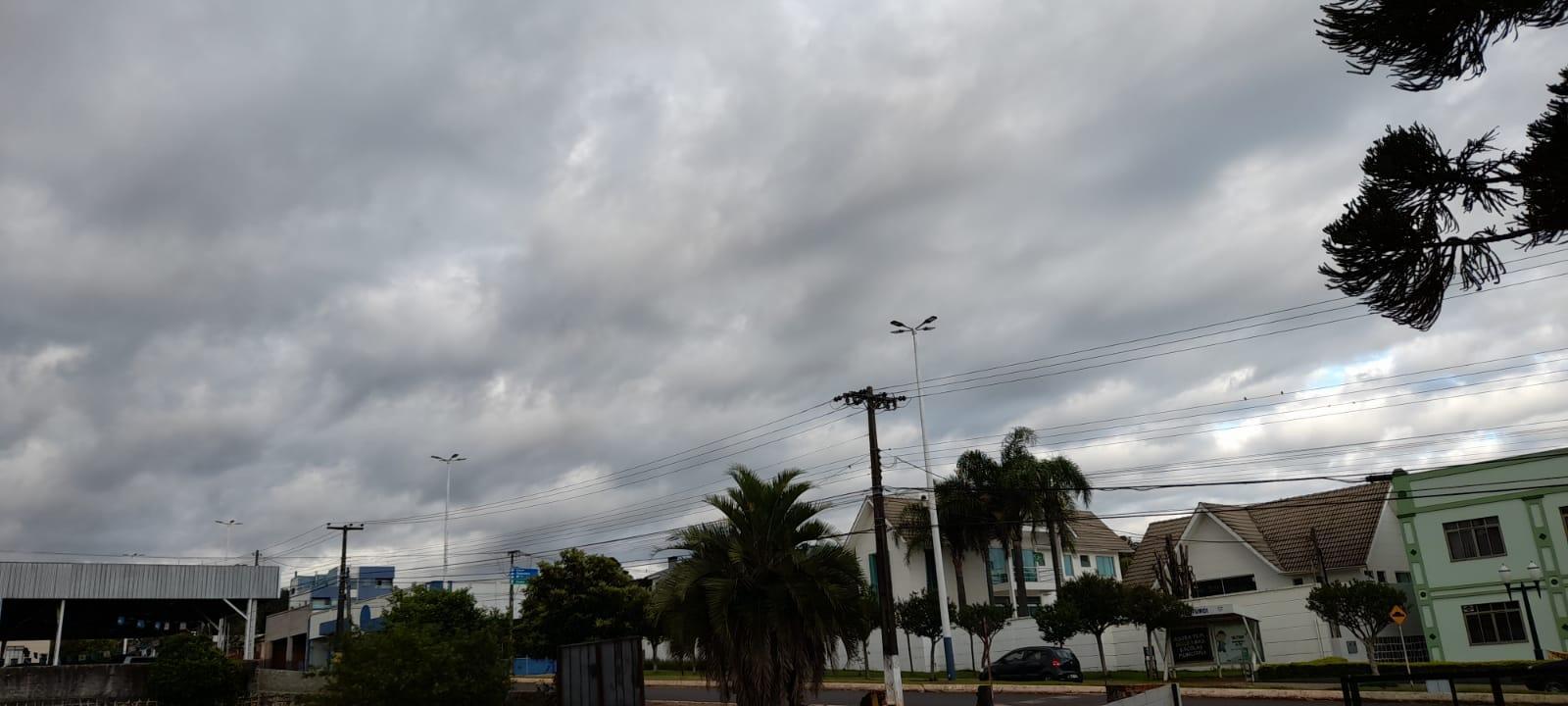 Semana começa com céu nublado em Laranjeiras do Sul sem condição para chuva