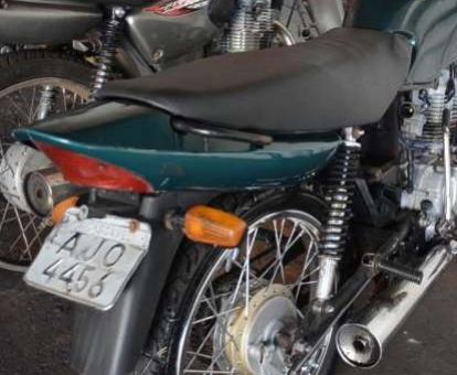 Mãe desconfia de filho e aciona polícia; adolescente estava com moto furtada