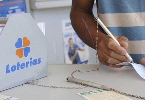 Acumulada, Mega-Sena pode pagar R$ 20 milhões neste sábado (28)