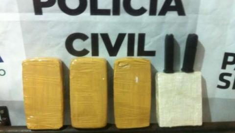 Carro, crack e carregadores de pistola são apreendidos em Cascavel