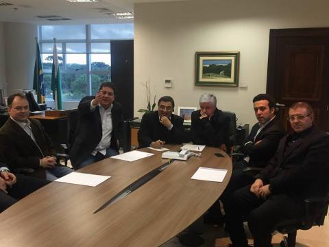 Inicia em Curitiba reunião para tratar a volta da UTI em Laranjeiras do Sul